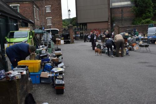 outdoor trader scene